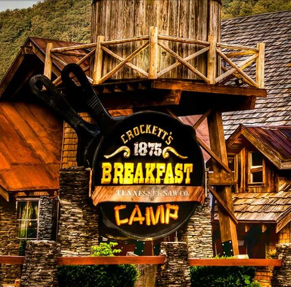 crocketts-breakfast-camp1