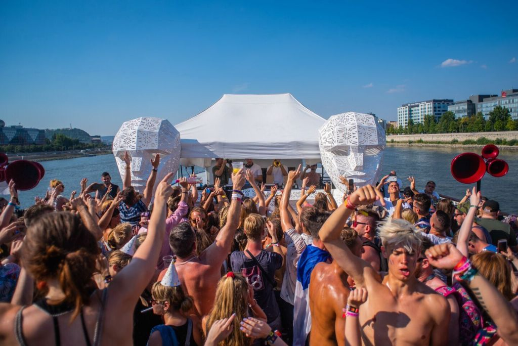 Sziget boat party 2018