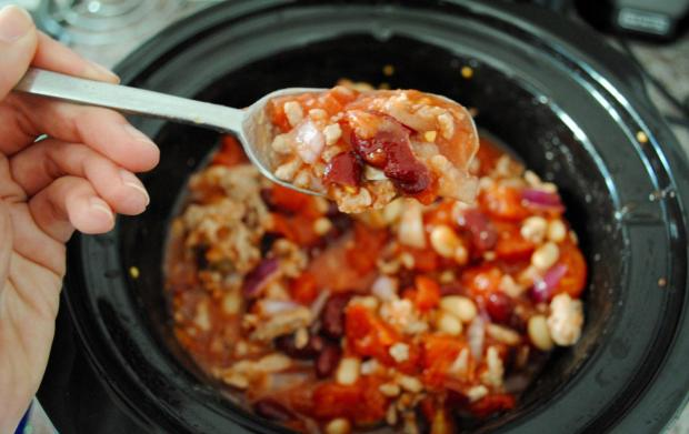 Dancing for Donuts   5-Ingredient Slow-Cooker Chili.
