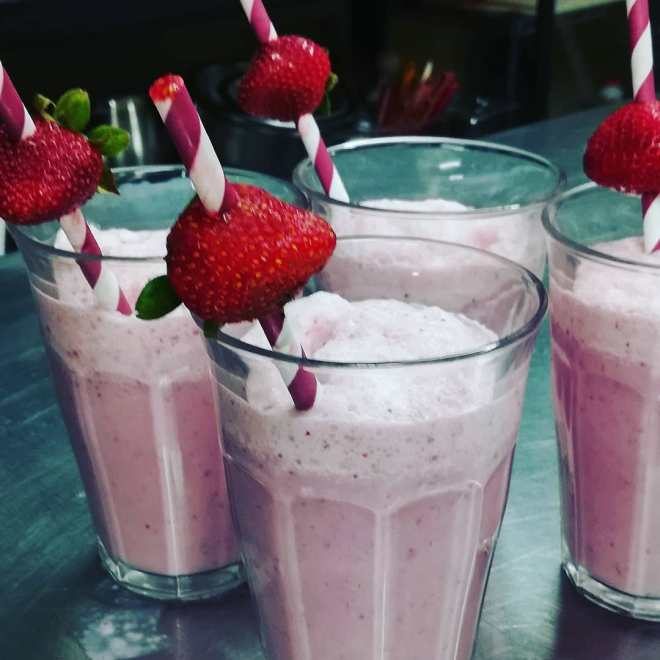 Baker Donna's made Fresh Strawberry Smoothies for the staff. Yummy!