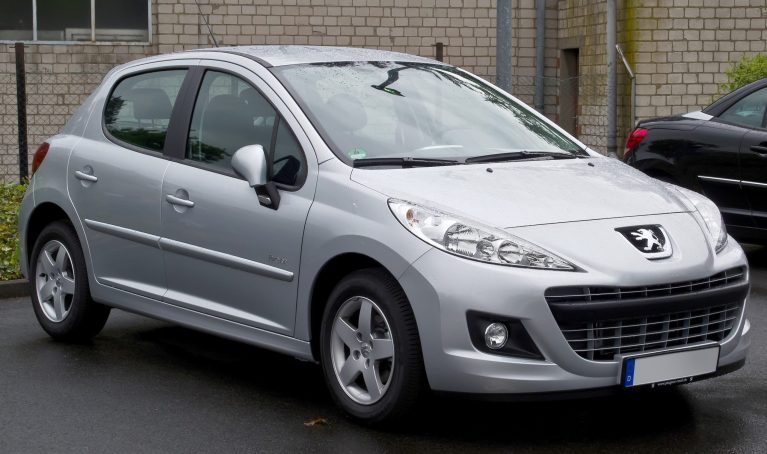 Peugeot 207 75 Forever Facelift – Frontansicht 5. Mai 2012 Ratingen cropped 1 scaled