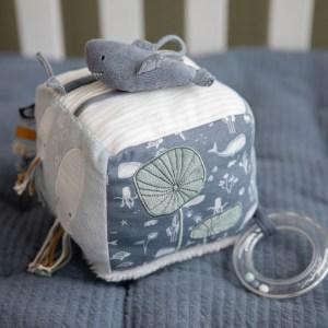 cub-textil-moale-pentru-bebelusi-little-dutch