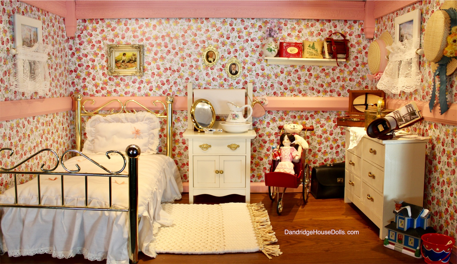The bedroom American girl dollhouse lit up | American girl