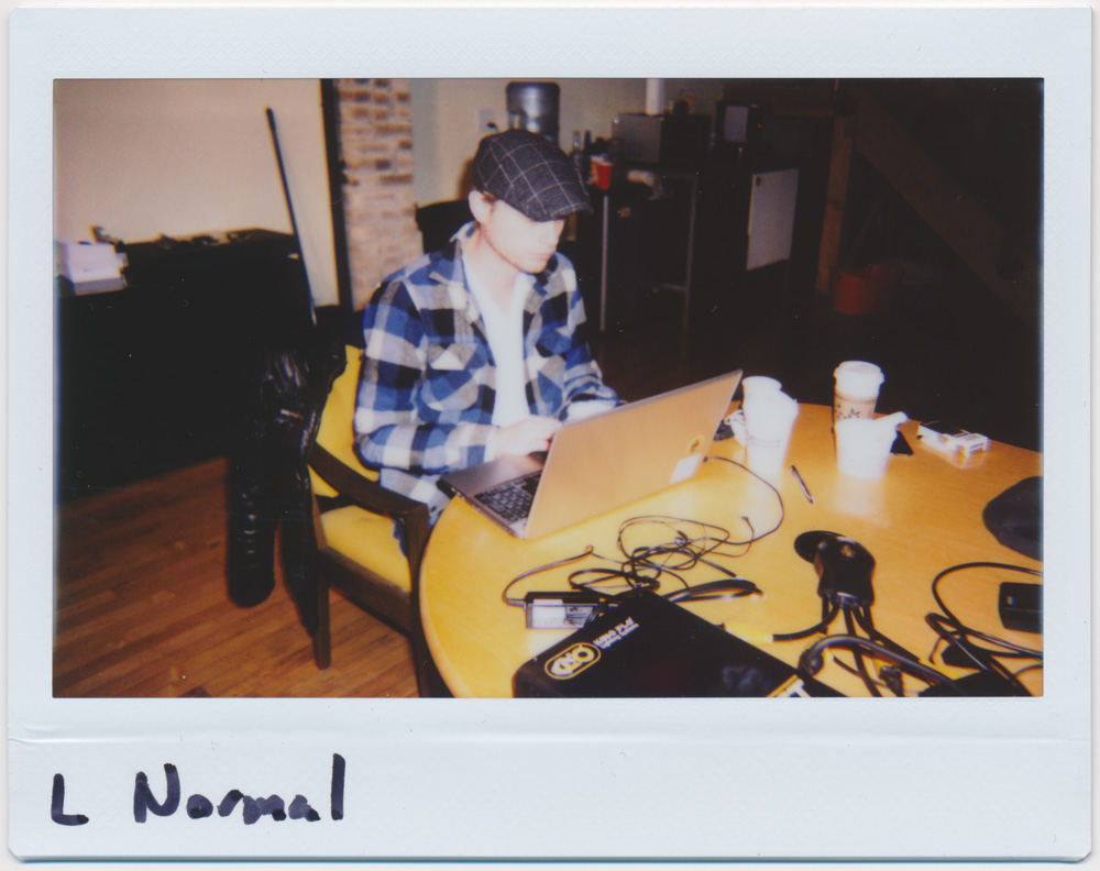 Lomo Instant Wide, Normal lens without attachment, flash on