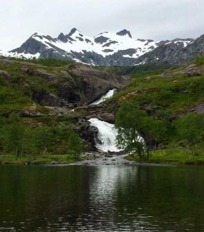 Wasserfall bei Gullesfjordbotten