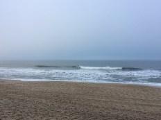 Wer findet den Surfer?