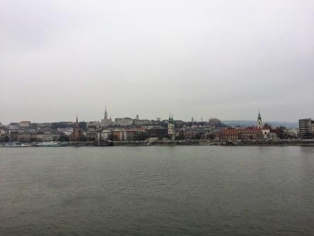 Blick über die Donau auf die Buda-Seite
