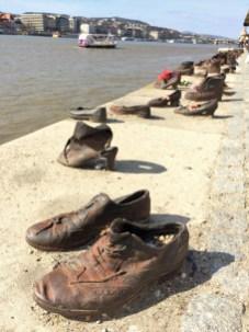Mahnmal an der Donau