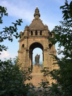 Da ist es, dass Kaiser-Wilhlem-Denkmal