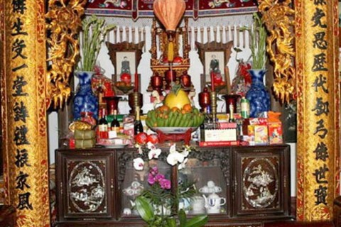 Image result for cúng thờ xưa