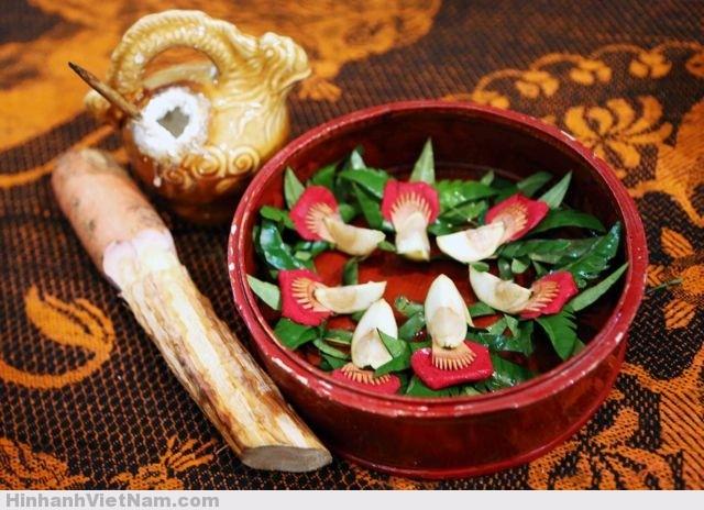 Image result for trầu cau xưa