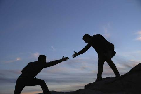 Đừng ngại nhờ người khác giúp đỡ | ecoblader