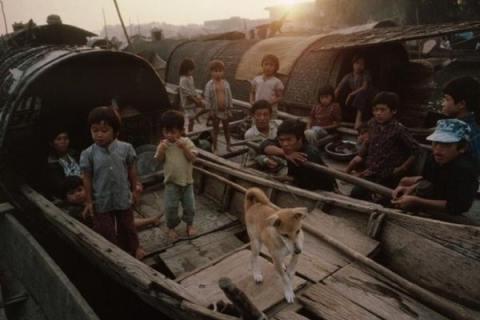 Vẻ đẹp bình dị Việt Nam trong thập niên 90 (Ảnh)