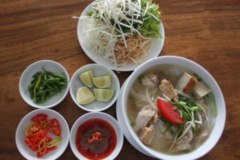 Bún lá cá dầm đậm đà hương vị miền biển Nha Trang | Kinh nghiệm du lịch Nha  Trang