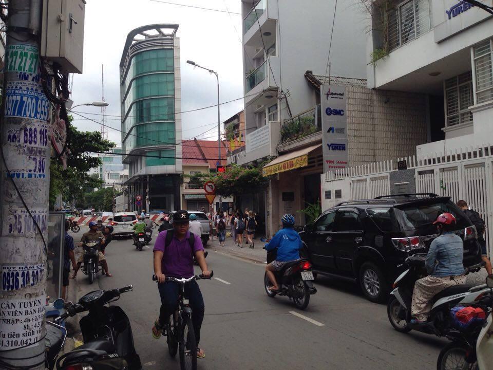 Bán nhà mặt tiền 67 Mai Thị Lựu quận 1 4 lầu, khu sầm uất gần ngã tư Điện  Biên Phủ