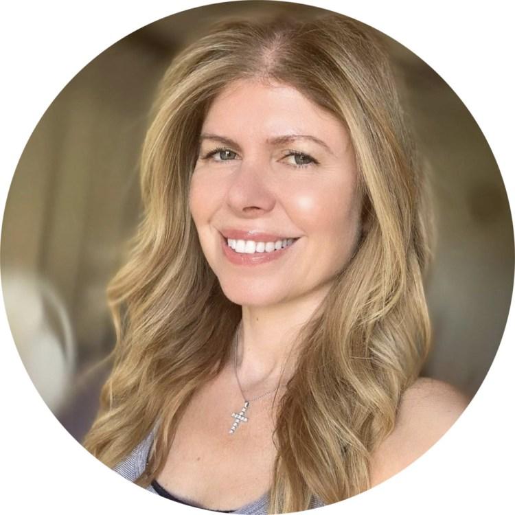 About Dania Trapani Nutritional Therapist & Blogger