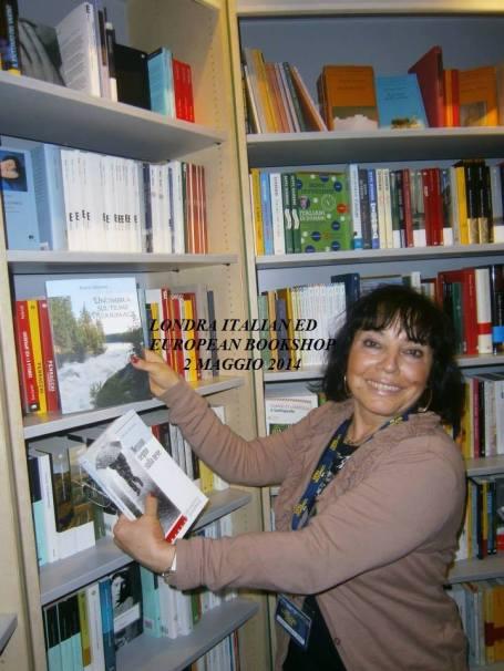 Ecco i miei due libri in mostra presso la Italian & European Library di Londra.