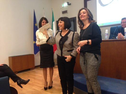 Premio PerseideMostro con gioia e orgoglio il contratto editoriale che mi sono aggiudicata vincendo il premio