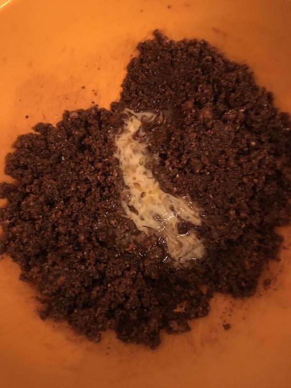 tarta cu lime biscuiti pisati cacao unt