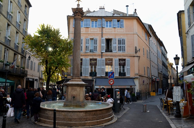 place des augustins - aix en provence - frança