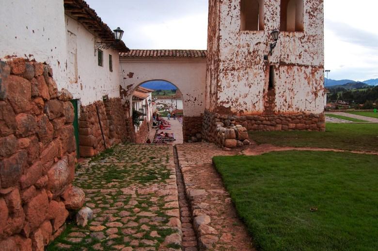 chinchero-vale-sagrado-incas-peru-turismo