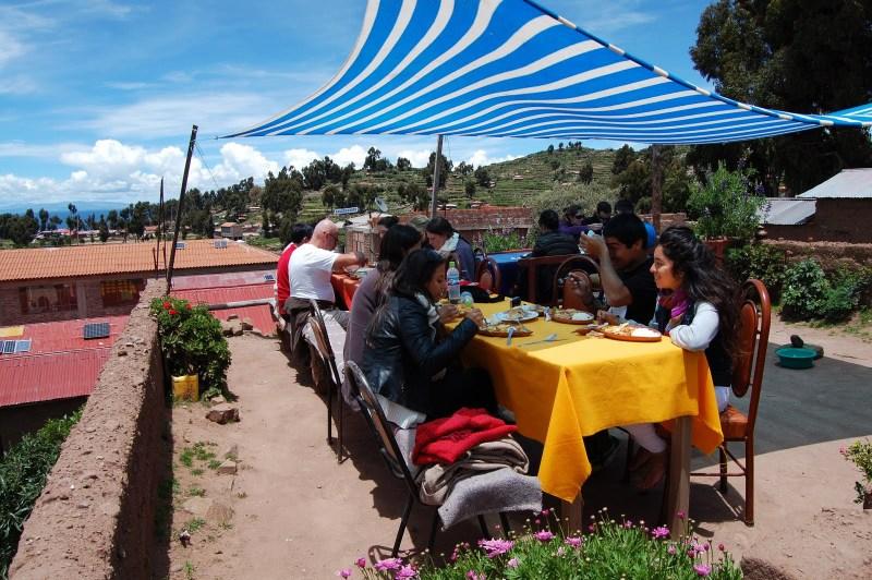 Almoço -Ilha de Taquile - lago titicaca - peru - turismo