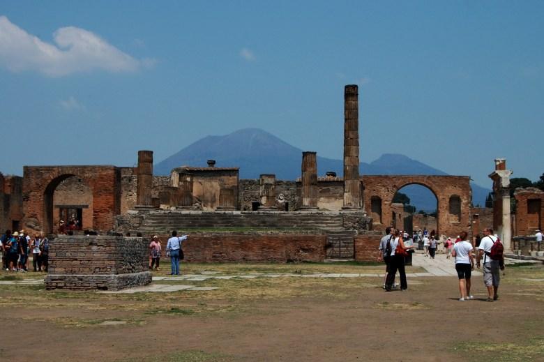 pompeia-costa-amalfitana-italia-turismo