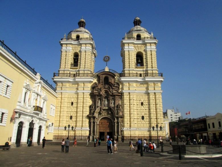 Basílica e Convento de SãoFrancisco de Lima - peru - pontos turísticos