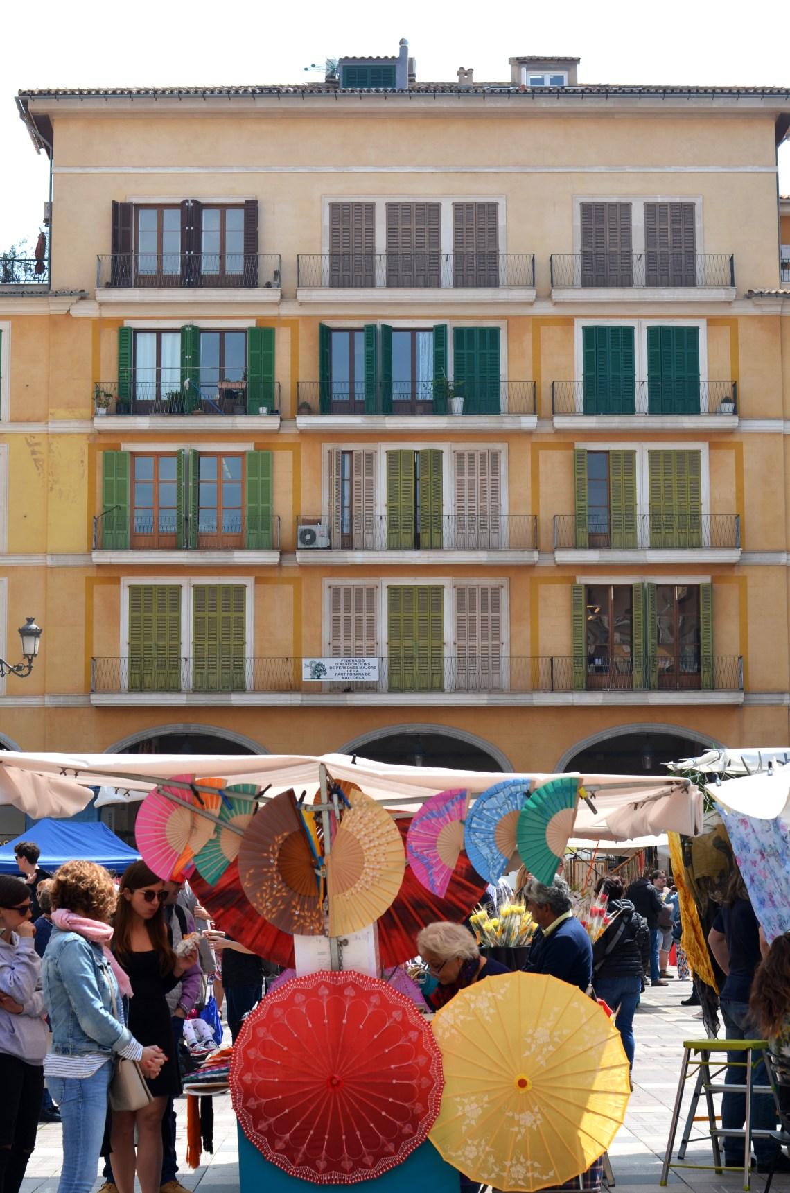 plaza mayor - plalma de maiorca - turismo