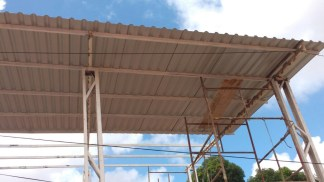 The complete roof cover for the workshop