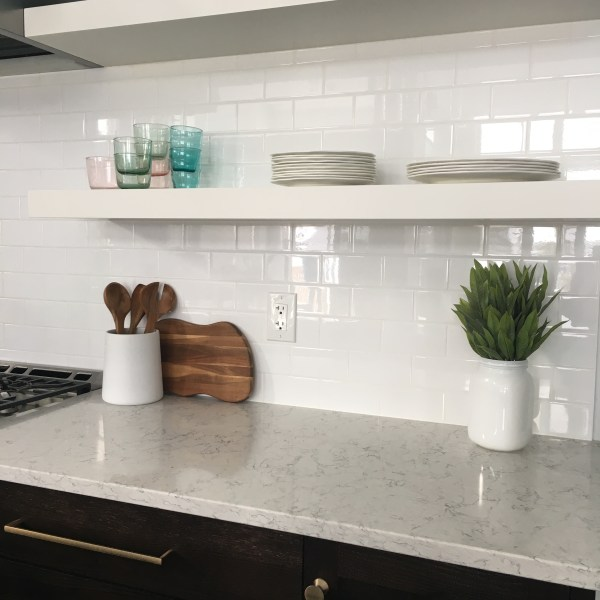 Kitchen Crush: Two Toned Cabinets!