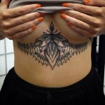 underboob tattoos - danielastyling - blog de moda - tatuajes mujeres 7