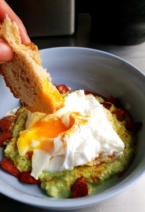 chorizo and guacamole breakfast eggs