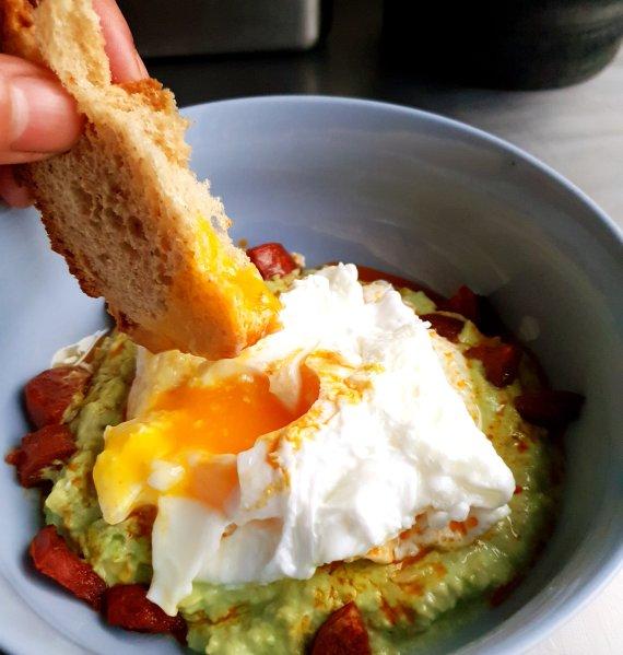 chorizo and guacamole breakfast eggs