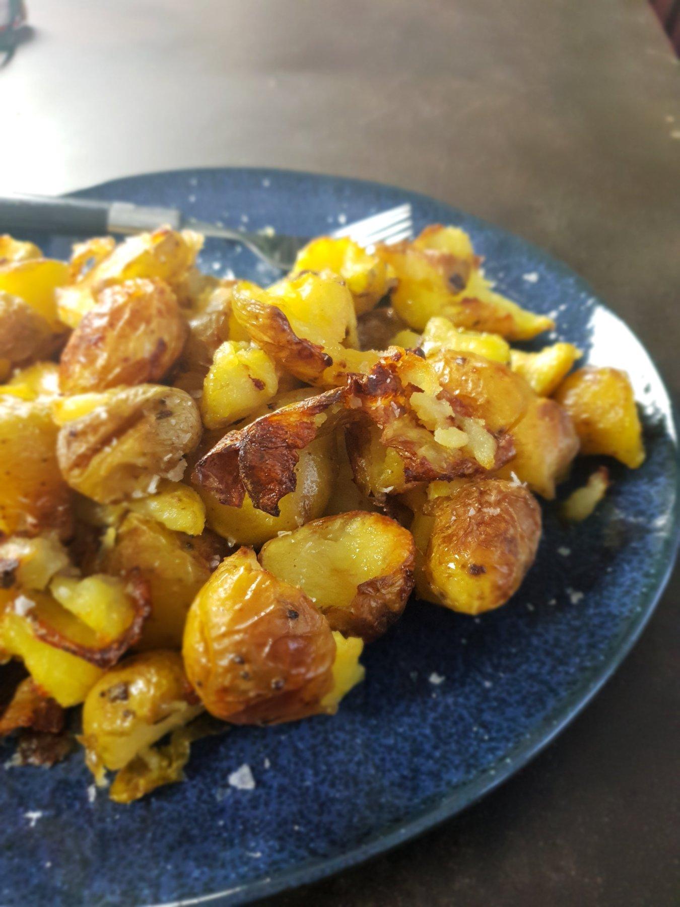 smashed salt and vinegar roast potatoes