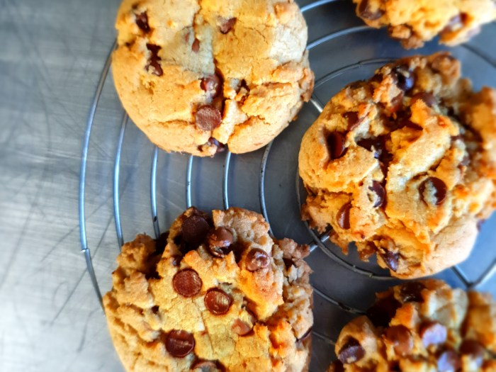 brown butter chocolate chipe cookies