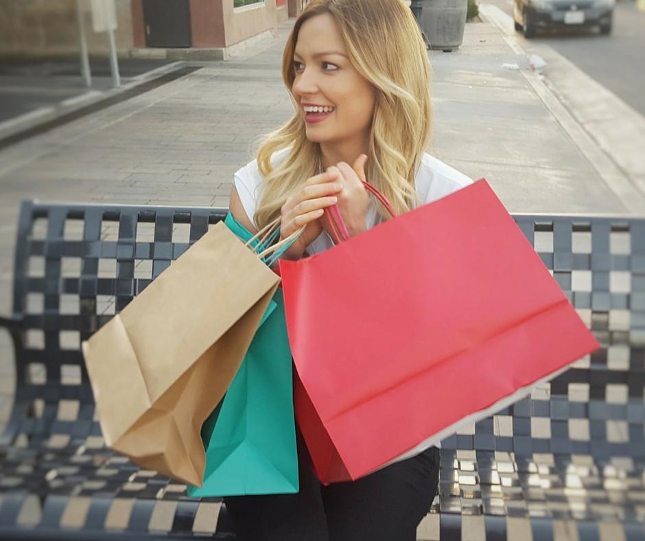 mulher e compras