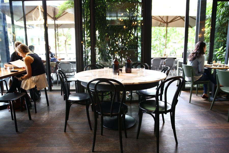 Top paddock hip cafe with inventive menu in melbourne for Coffee tables you can sit on