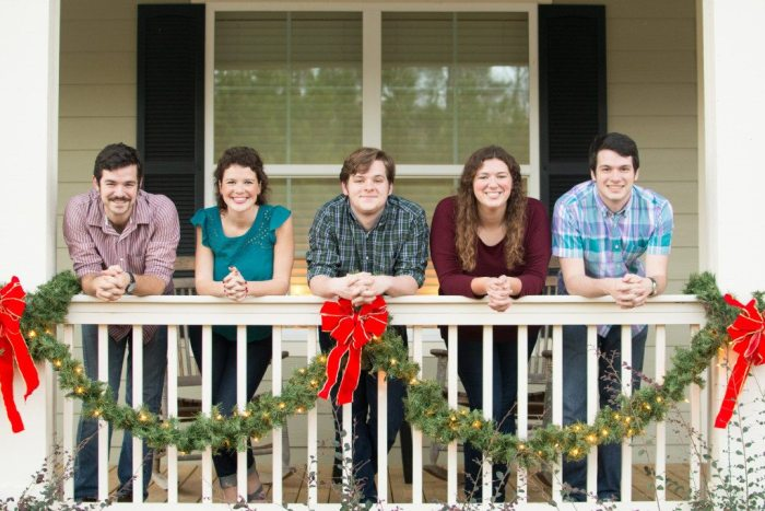 Auburn-Alabama-Christmas-Family-Together-50