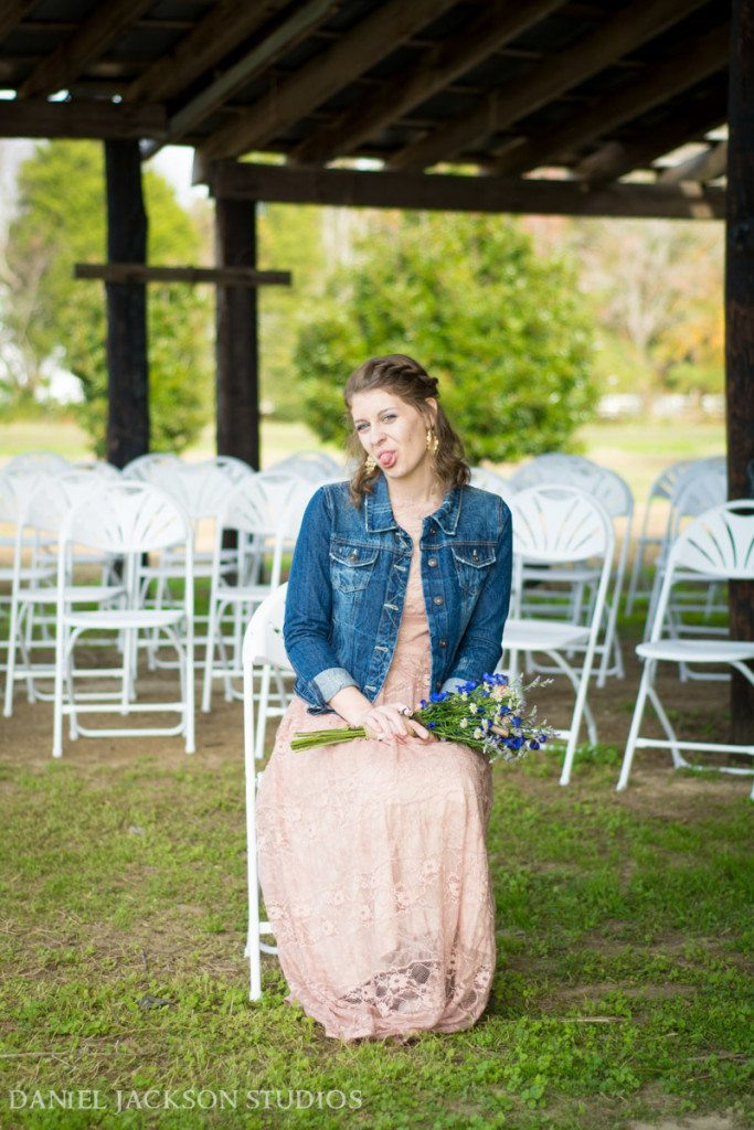 Barn-Fall-Midday-Chesapeake-Wedding-32