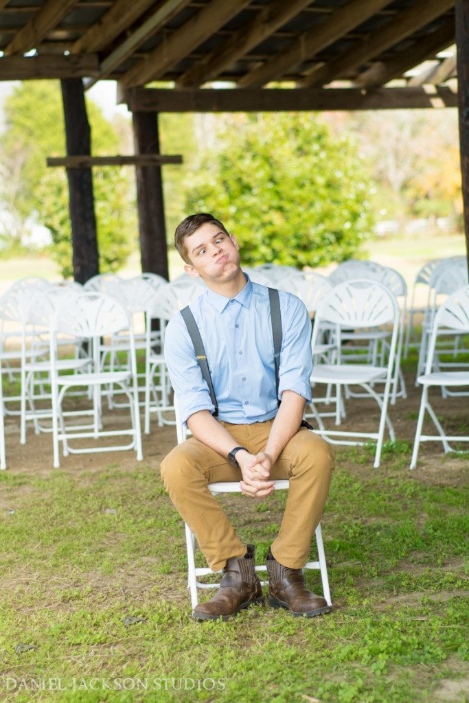 Barn-Fall-Midday-Chesapeake-Wedding-38