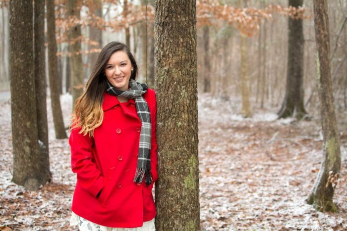 Maggie-Winter-Photoshoot-Coffee-Snow-Road-Inside-Chesapeake-Southern-Virginia-Triple-R-Ranch-3R-Southern-Girl-7