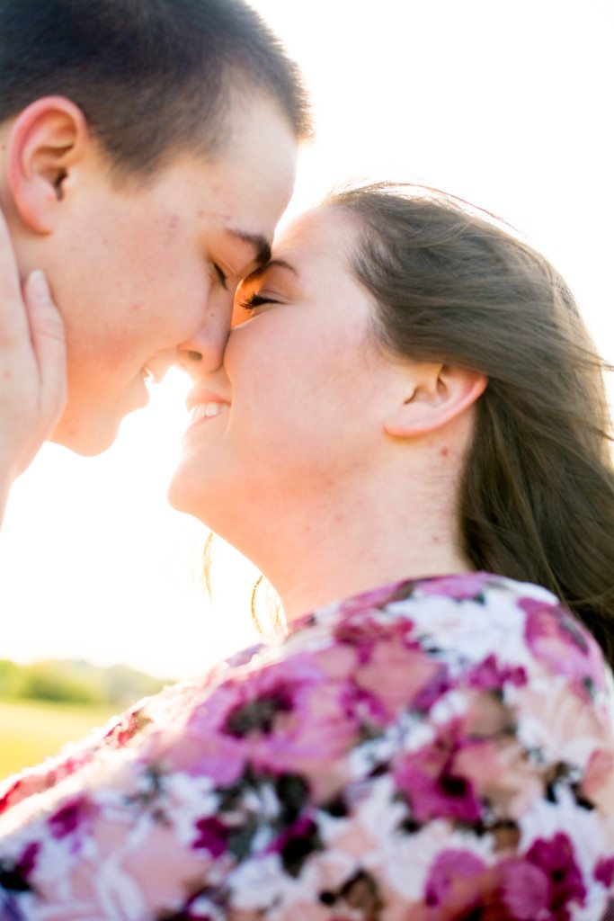 bells-mill-park-outdoor-spring-photoshoot-engagement-photography-photographer-chesapeake-virginia-north-carolina-va-sc-outdoor-field-natural-candid-wedding-42