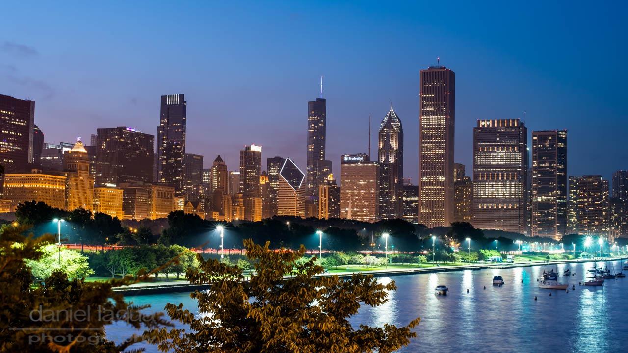 Skyline of Chicago at night