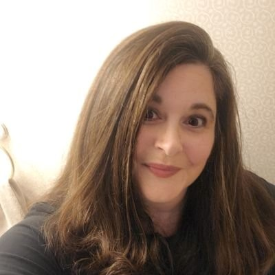 """Dawn Hosmer the writer & """"Unravel the Binding"""" Book Club Podcast"""