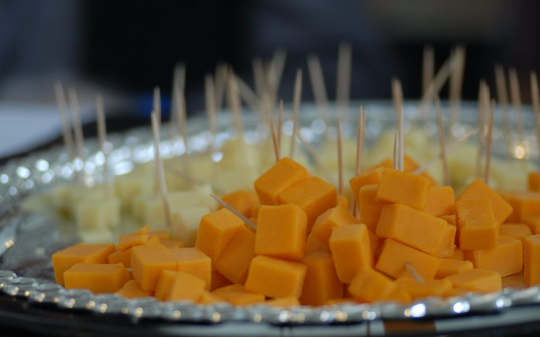 What Makes Cheddar Cheese Orange?