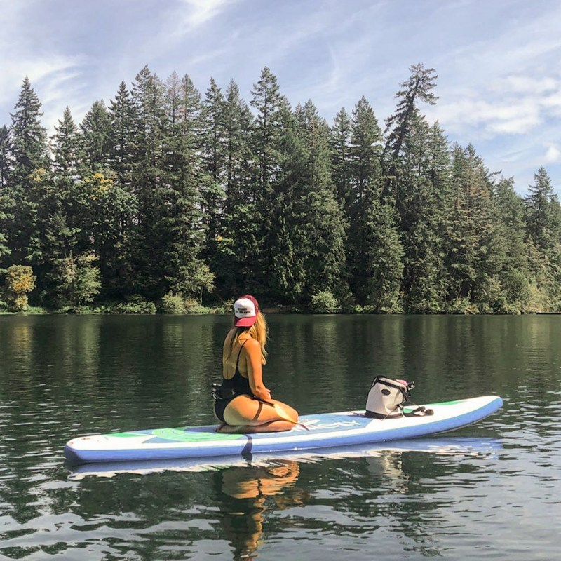 paddle boarding in summer Oregon - Danielle Comer Blog