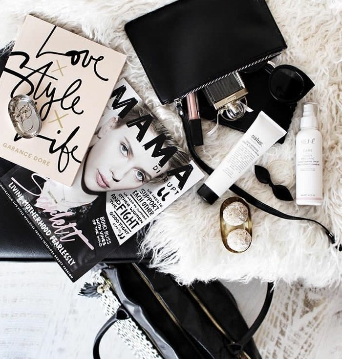 Flatlay Styling : 7 Tips + Tricks