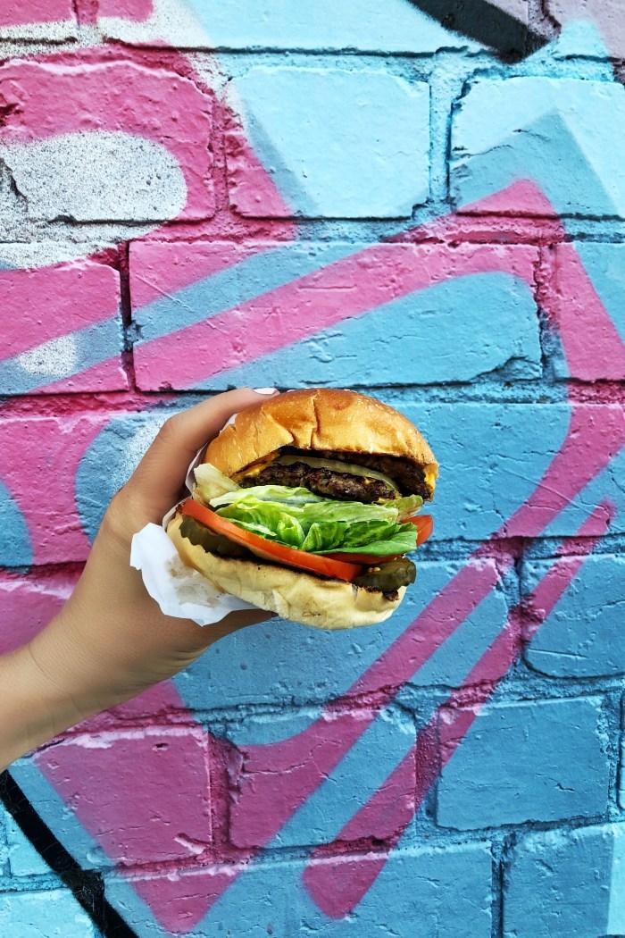 California Burgers : A taste of L.A in Melbourne