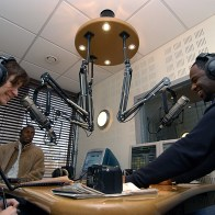 Brian McKnight en visite à Paris Interview Radio